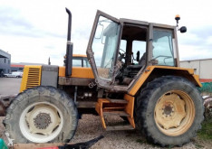Tractor agricol Renault 113-14 second-hand