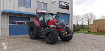 Tractor agrícola Valtra T174e usado
