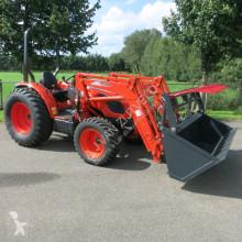 Tractor agrícola Kioti DK5010 HS met voorlader en bak