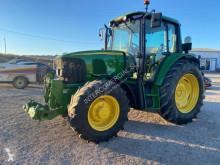 Alt tractor John Deere 6320