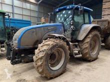 Tractor agrícola Valtra T130 usado