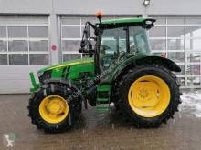 Tractor agrícola John Deere 5125R nuevo