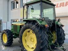 Tractor agrícola John Deere 3140 usado