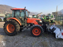 Tractor agrícola Kubota M9540 usado