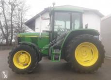 Tractor agrícola John Deere 6010