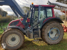Tracteur agricole Valtra N123