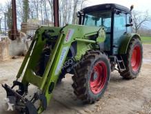 Landbouwtractor axos 340