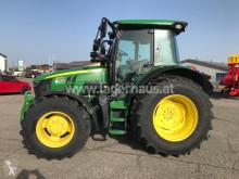 Tractor agrícola John Deere usado