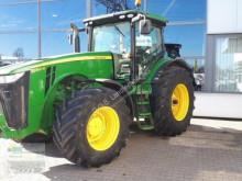 Trattore agricolo John Deere 8360 R usato