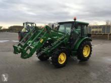Tractor agrícola John Deere 5055 E usado