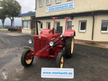 Tractor agrícola tractora antigua Mc Cormick D-439