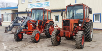 Tractor agrícola tractora antigua Belarus MTS 82 + 820 FL