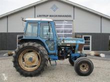 Tractor agrícola Ford usado