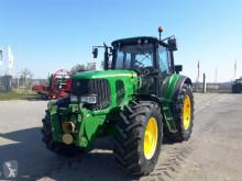 Tractor agrícola John Deere 6820