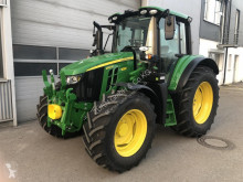 Tracteur agricole John Deere 6120M**