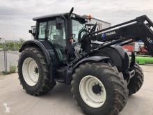 Diğer traktörler Valtra N142