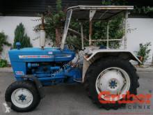 Tractor agrícola Ford 2000 usado