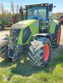 Trattore agricolo Claas AXION 820 CIS usato
