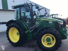 Tracteur agricole John Deere 5125R (MY17)