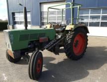Tractor agrícola Fendt 102S usado