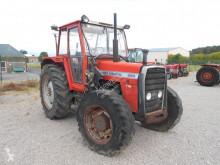Tarım traktörü Massey Ferguson 690