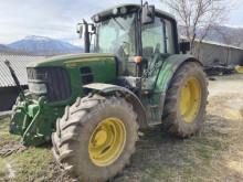 Trattore agricolo John Deere usato
