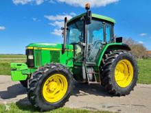 Tractor agrícola John Deere 6110 usado