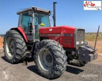 Tractor agrícola Massey Ferguson 3670 D.T usado