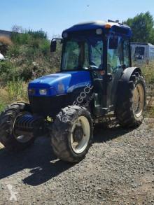 Tractor agrícola New Holland TN 85 usado
