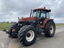 Tractor agrícola New Holland G190 usado