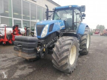 Tractor agrícola New Holland usado