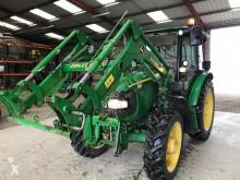 Tractor agrícola John Deere 5820 usado