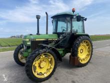 Tracteur agricole John Deere 2250 occasion