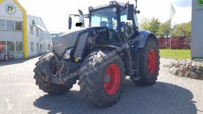 Zemědělský traktor Fendt 826 Vario Profi Plus Black-Beauty Frontzapfwelle