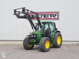 Tractor agrícola John Deere 6100 usado