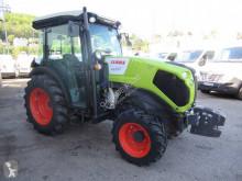 Tracteur fruitier Claas Nexos 220 VL