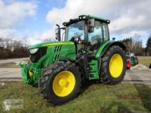 Tractor agrícola John Deere nuevo