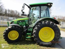 Traktor John Deere 5125R nové