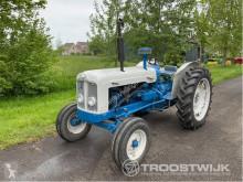 tracteur agricole Fordson