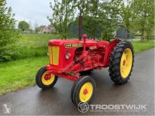 tracteur agricole David Brown
