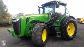Tractor agricol John Deere 8310R