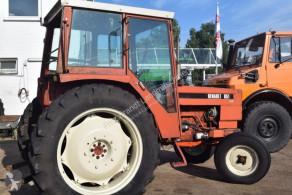 Mezőgazdasági traktor Renault 651 használt