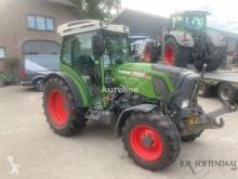 Tractor agrícola Fendt 210P usado