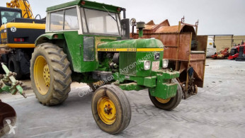 Tractor agrícola John Deere 2135 usado