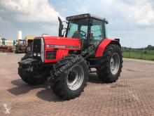 Mezőgazdasági traktor Massey Ferguson 8110 használt