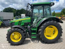 Trattore agricolo John Deere 5100 R nuovo