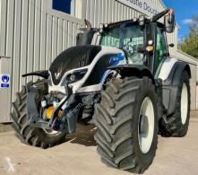 Tractor agrícola Valtra T234 usado