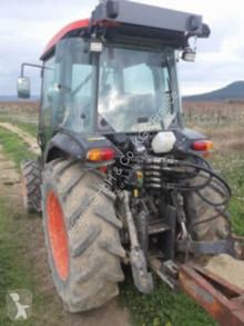 Tractor agrícola Kubota usado