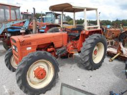 Tractor agrícola Renault 571-4 usado