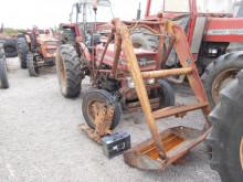 Tracteur agricole Massey Ferguson 140
